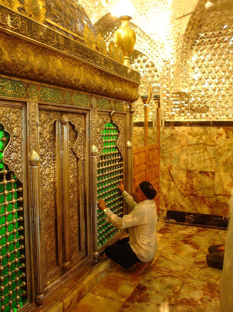 Daniel Barry Kent - Tomb of Daniel, Susa, Iran - Wikipedia, the free encyclopedia   Bible history, Biblical, Tomb