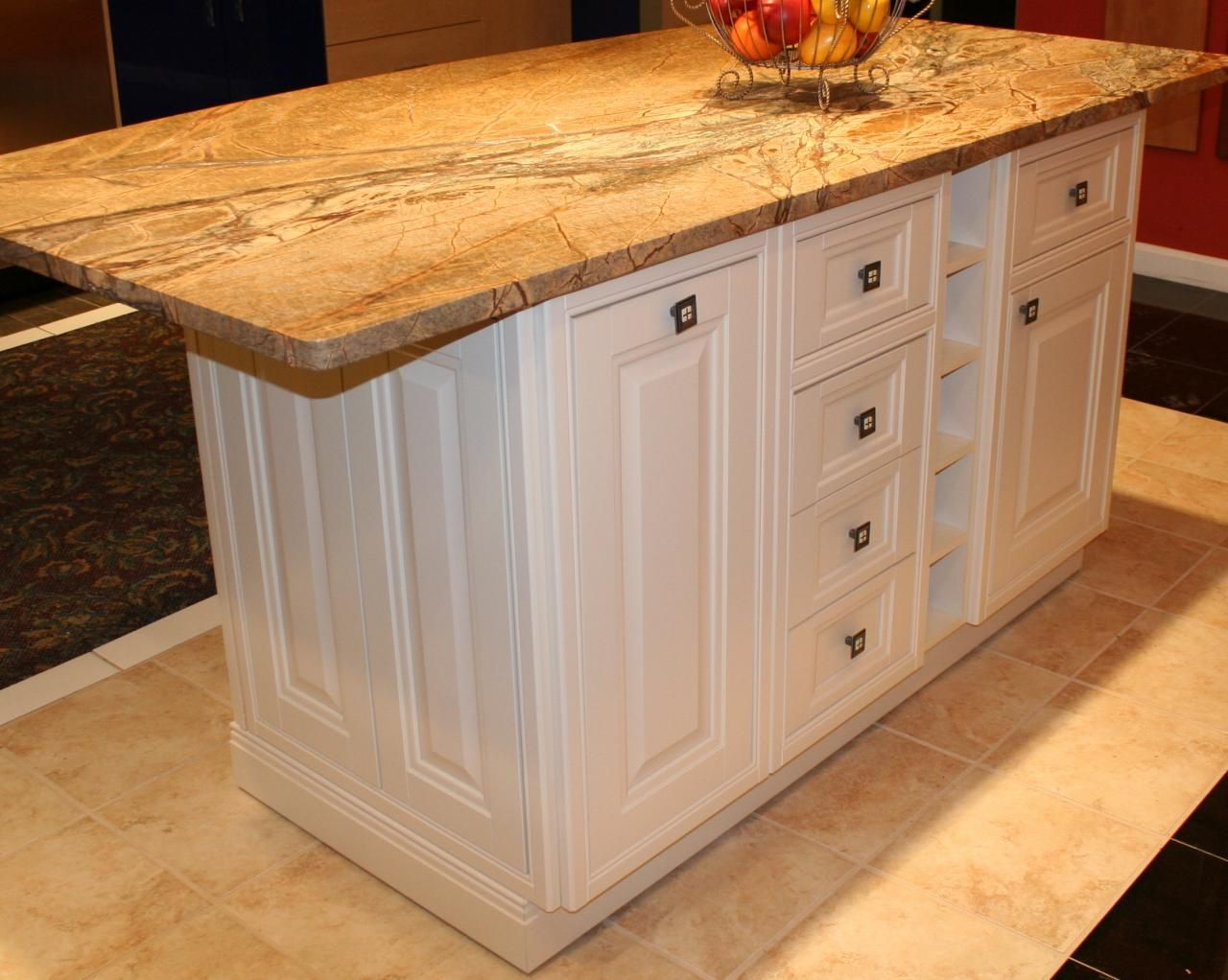 Single level kitchen island on wheels Kitchen island on