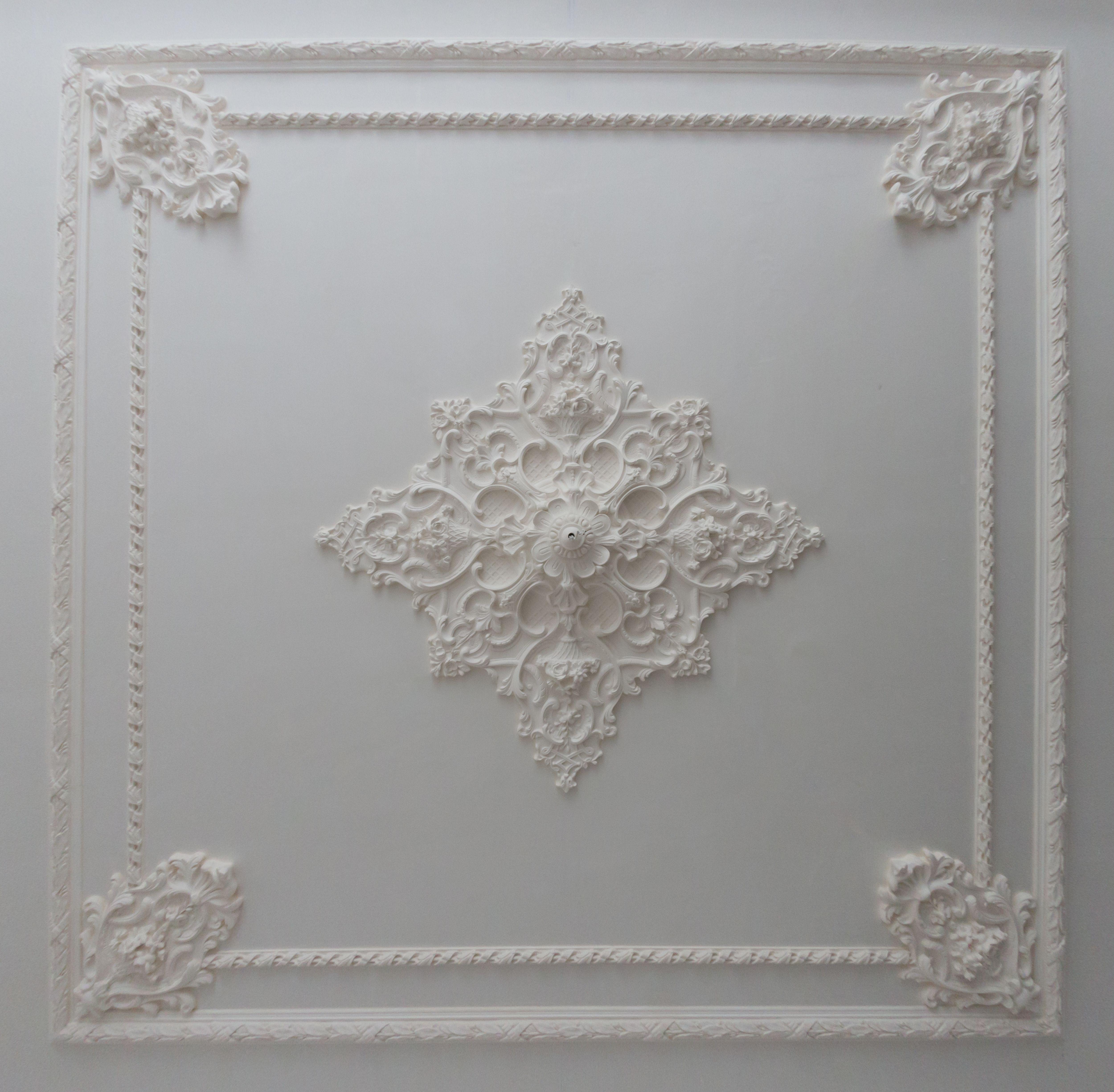 klassiek gipsen ornamenten plafond voorbeeld plafonds