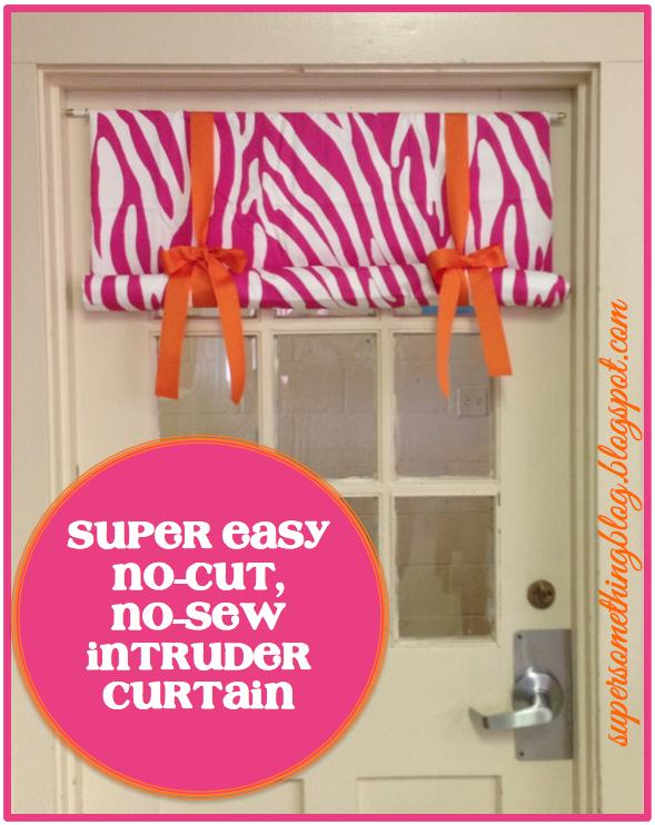 Tutorial Super Easy No Sew Intruder Curtain Classroom Curtains Diy Classroom Door Window Covering