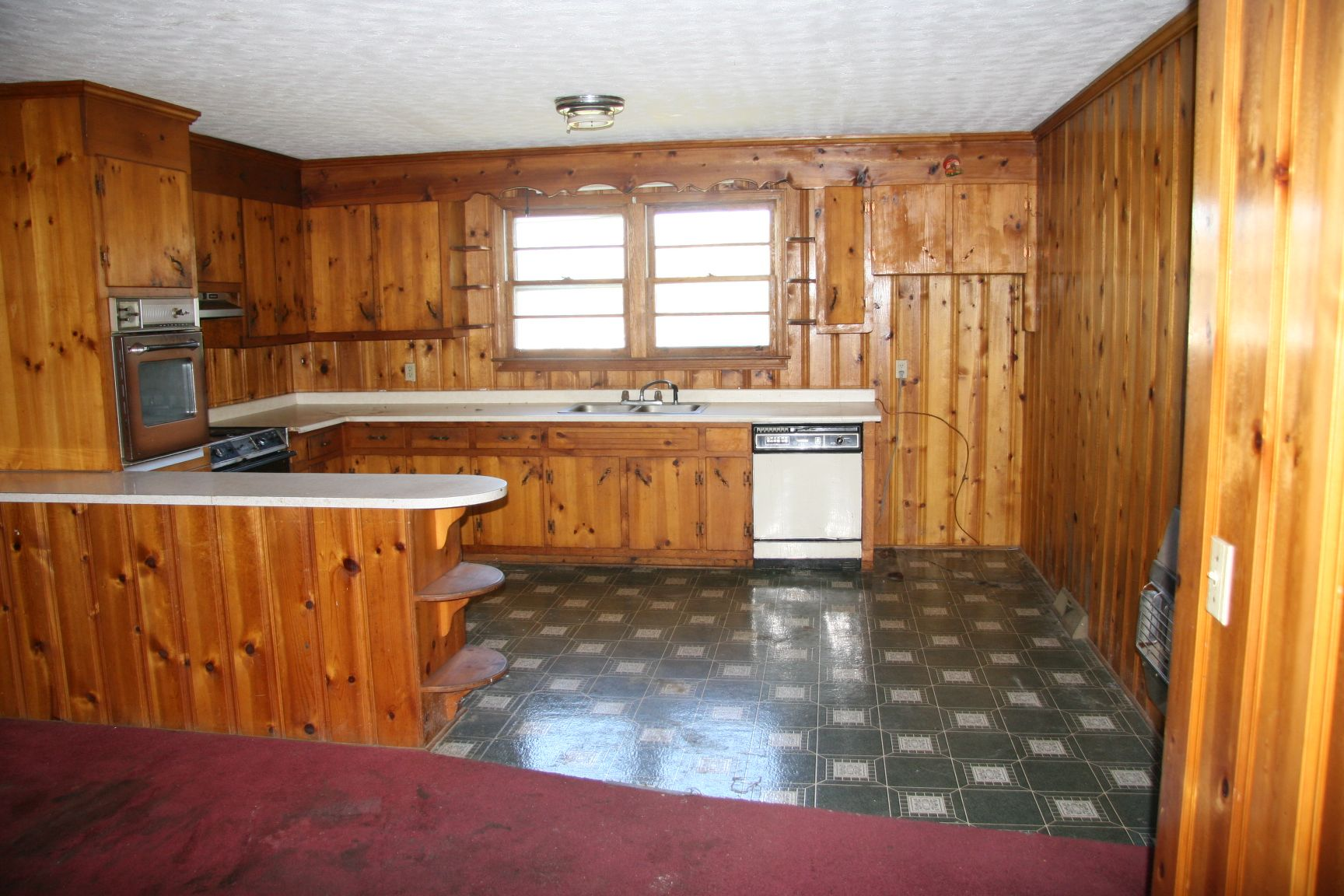 Knotty Pine Kitchens Auction Brick Ranch In North Greenville Kitchen With Knotty Pine Knotty Pine Cabinets Knotty Pine Kitchen Pine Cabinets
