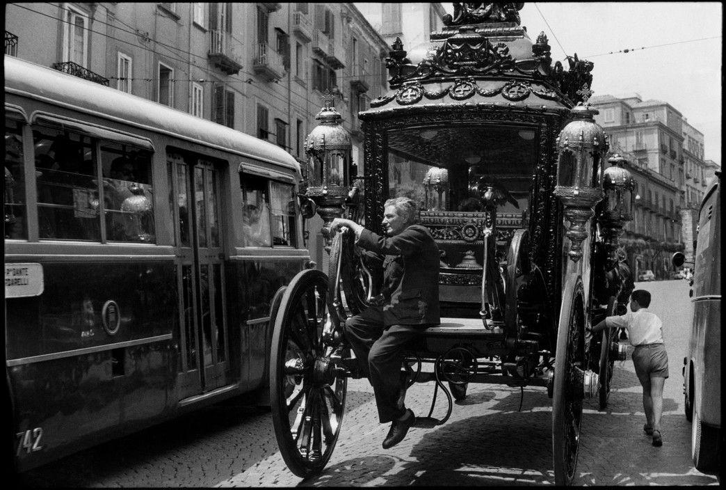 Henri Cartier-Bresson. Naples, Italy, 1960   Fotografia ...