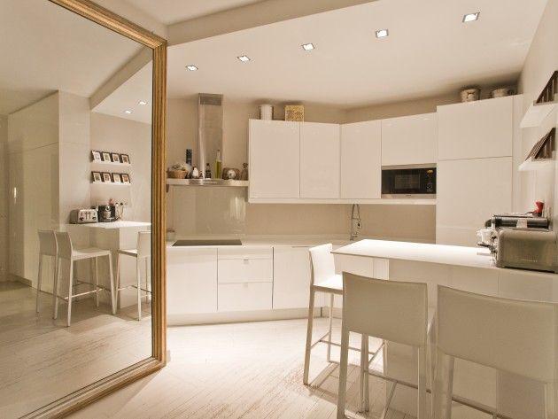 cuisine moderne avec miroir ancien la cuisine en beige taupe pinterest miroirs anciens. Black Bedroom Furniture Sets. Home Design Ideas