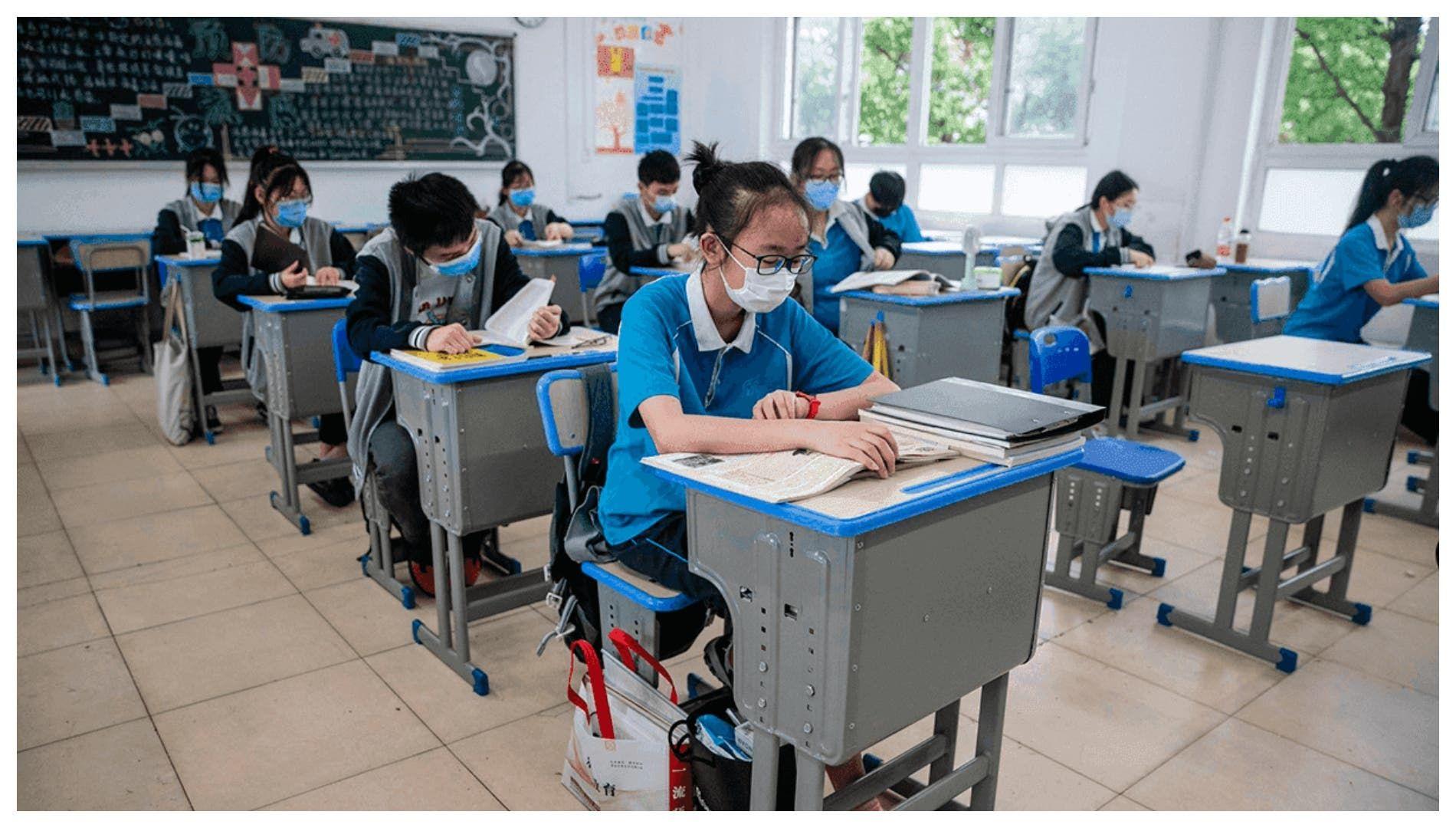 نصائح مهمة لعودة الطلاب للمدارس في ظل انتشار الكورونا Outdoor Outdoor Decor Decor