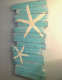 Diy Wall Decor Idea With Painted Starfish Beach And Reclaimed Wood This Would Be Perfect For My Themed Bedroom