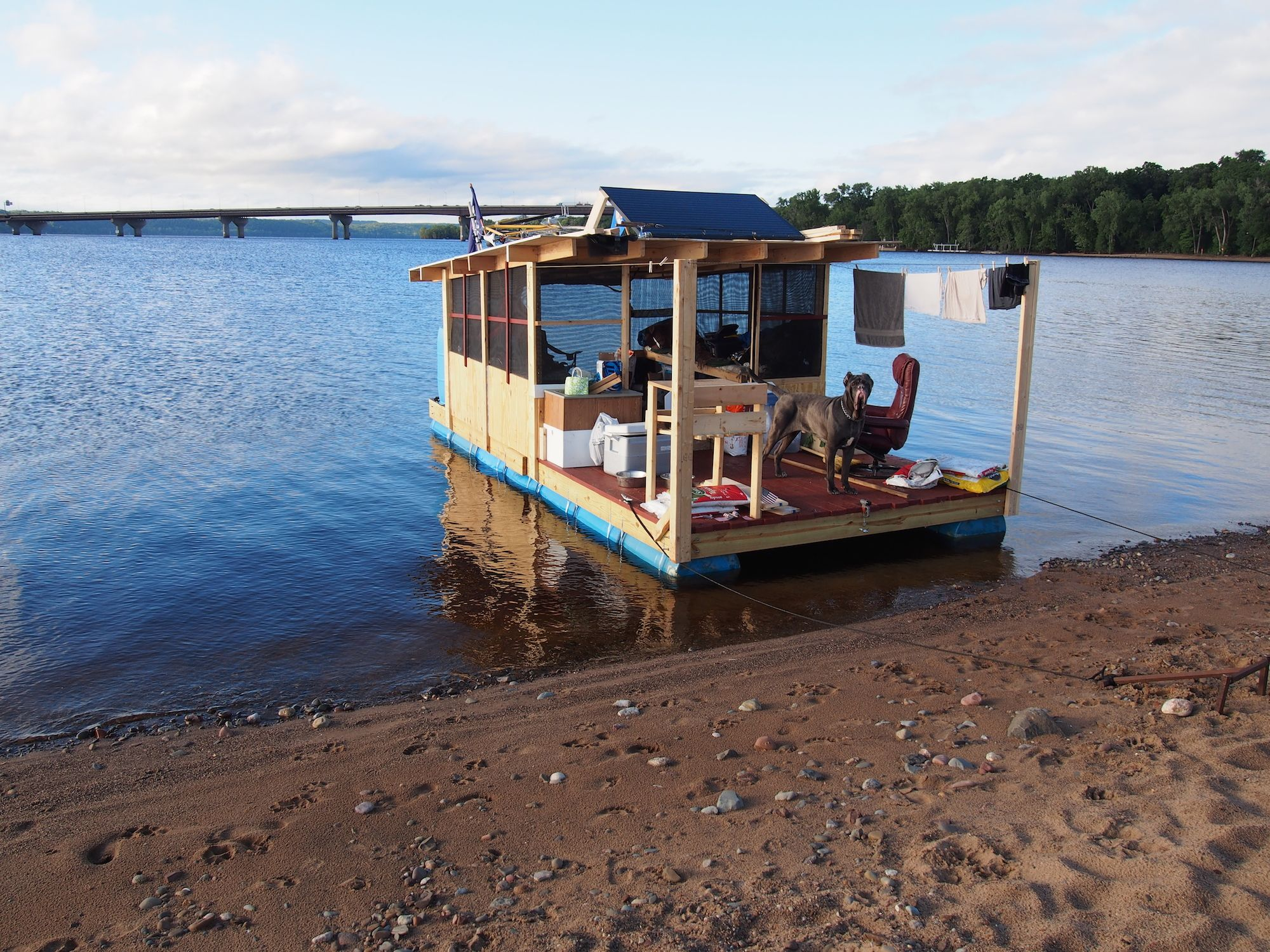 The Raft Shanty Boat Pontoon Houseboat Raft Boat