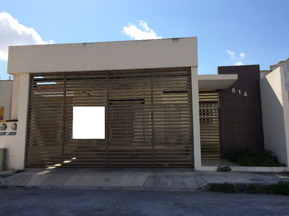 Resultado de imagen para frentes de acceso con portones y for Modelos de casas en mexico