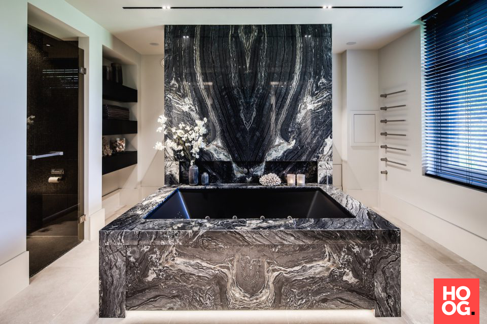 Luxe Badkamer Interieur : Luxe badkamer design hardsteen pinterest luxe badkamer en