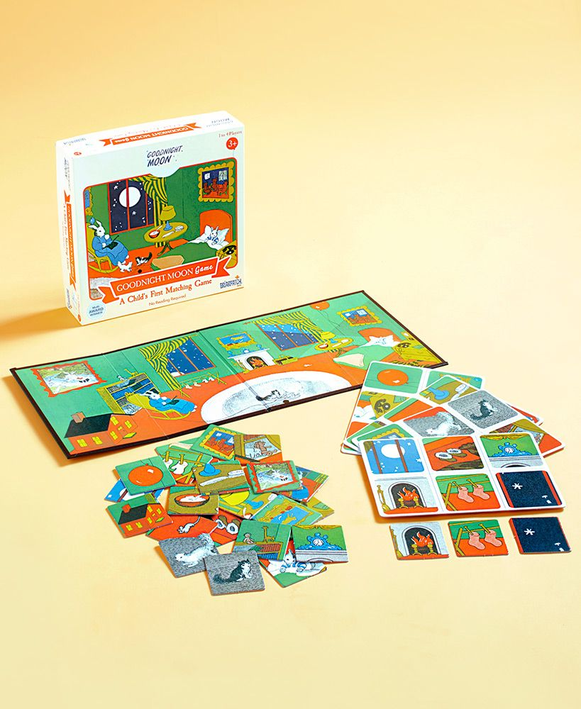 Goodnight Moon Puzzle or Game LTD Commodities (With