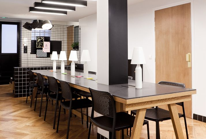 espaces de coworking les caf s paris o travailler. Black Bedroom Furniture Sets. Home Design Ideas