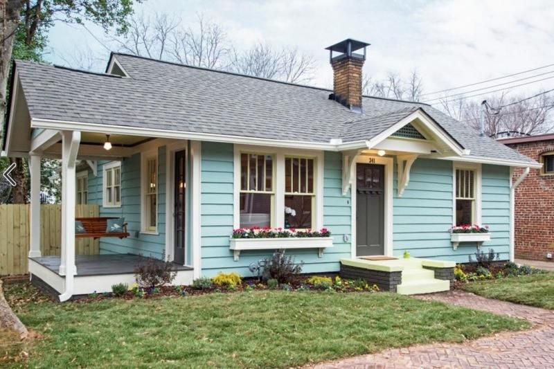 10 Small Town Cottages We D Love To Call Home Old Cottage