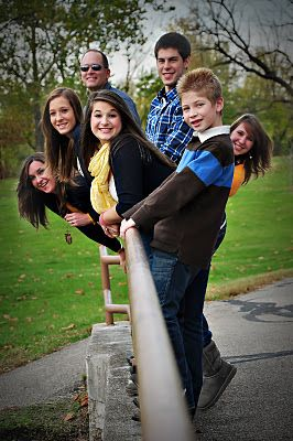 Funny Group Photo Pose Ideas : funny, group, photo, ideas, Wells, Photography:, Family, Photo, Challenge!!, Photography, Poses, Family,, Photos,, Portrait