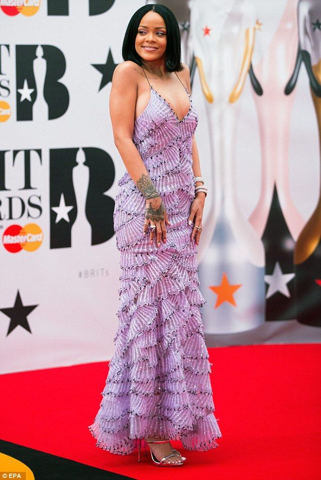 Work! Rihanna reigns supreme in layered lilac gown at the 2016 BRITs ...