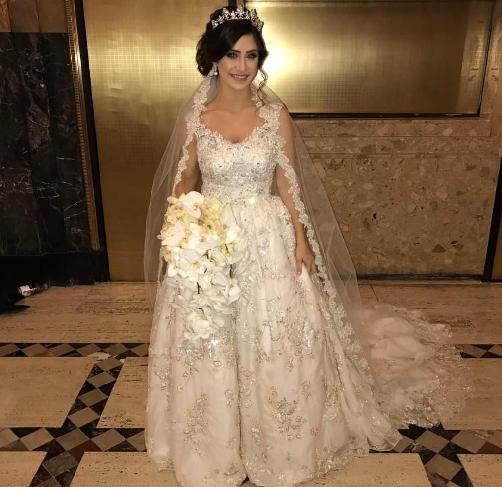 Used Designer Wedding Gowns: Ysa Makino '68985' Size 6 Used Wedding Dress Front View On