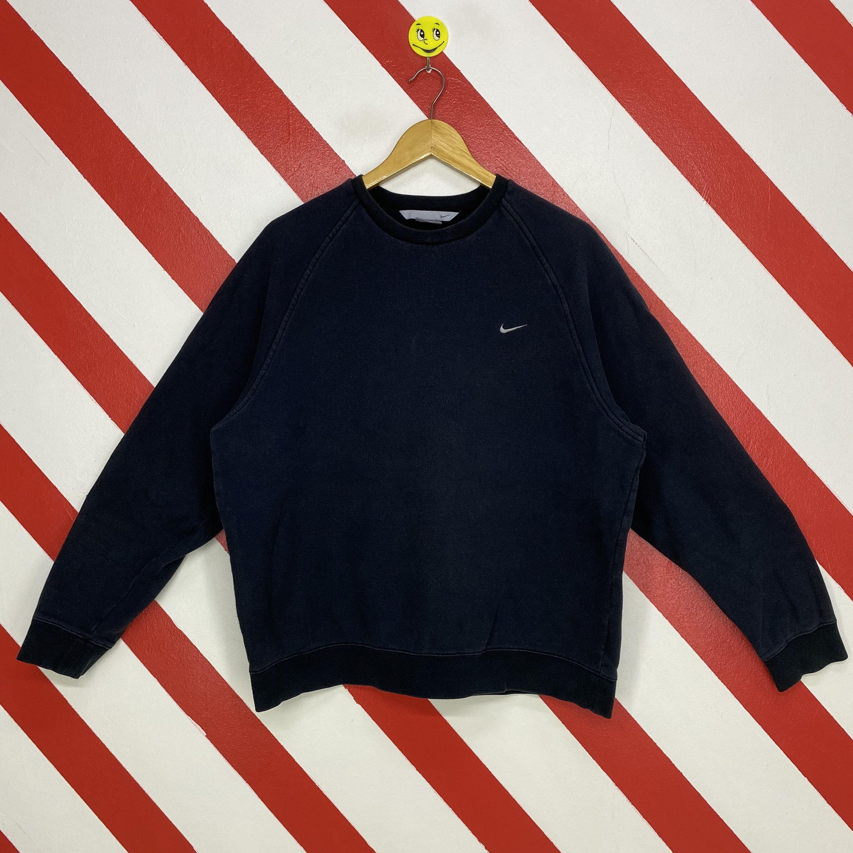 Vintage 90s Nike Sweatshirt Nike Crewneck Nike Swoosh Sweater Etsy Nike Sweatshirts Nike Crewneck 90s Sportswear [ 3000 x 3000 Pixel ]