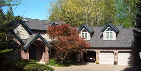 Cornerstone Roofing Replaced The Cedar Shake Shingles On This House With Certainteed Presidential Shake Tl Roofing Sh Residential Roofing Roofing Roof Shingles