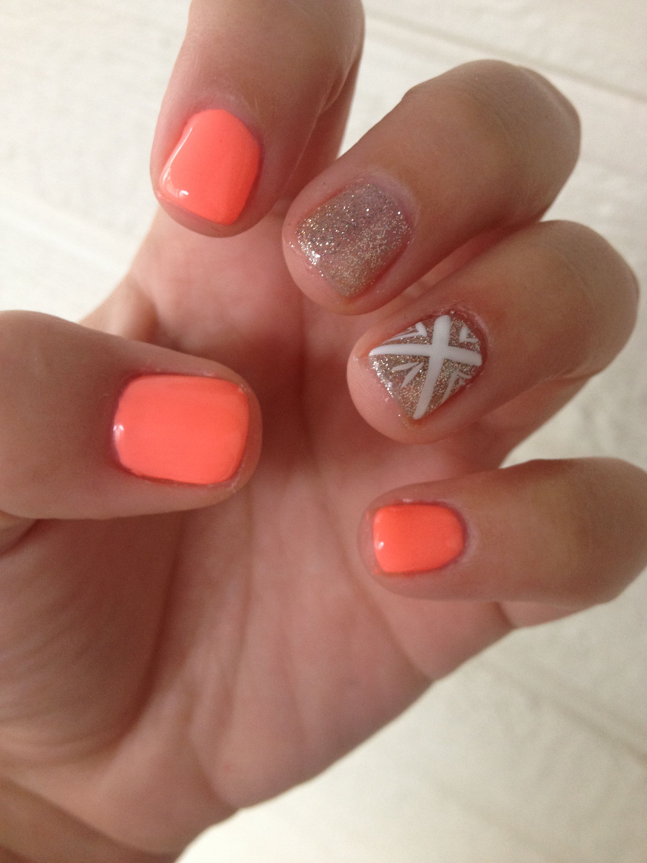 spring gel nails esta temporada se llevan las uas cortas y redondas dejando atras las - Uas De Gel Cortas