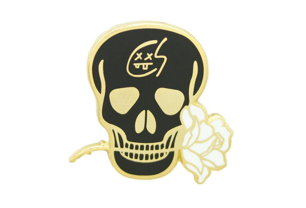 Skull with Rose Pin - Gold on Black