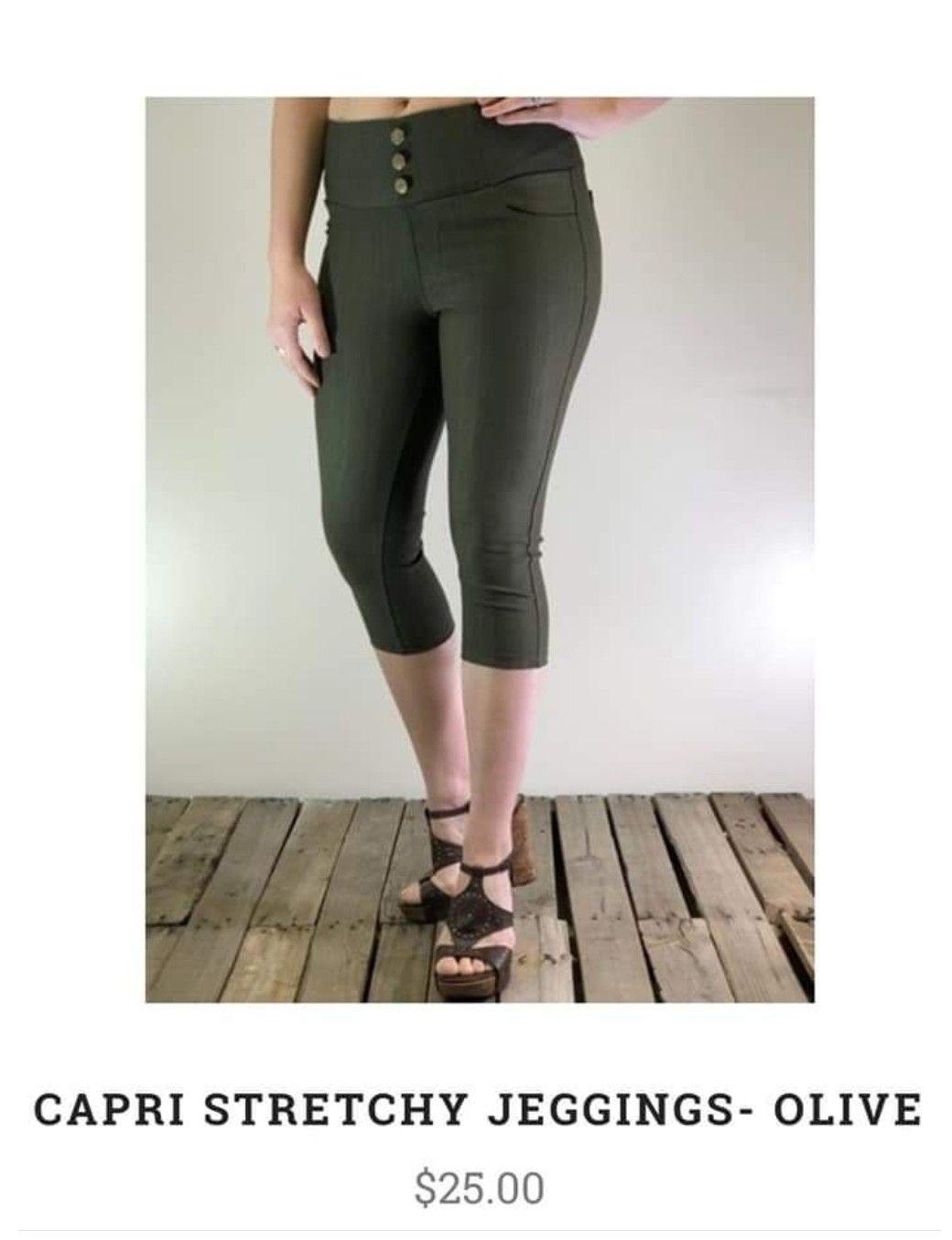 2c7d39e5eb37e Pin by Cindy on L♡ving on my leggings! in 2019 | Leggings, Capri ...