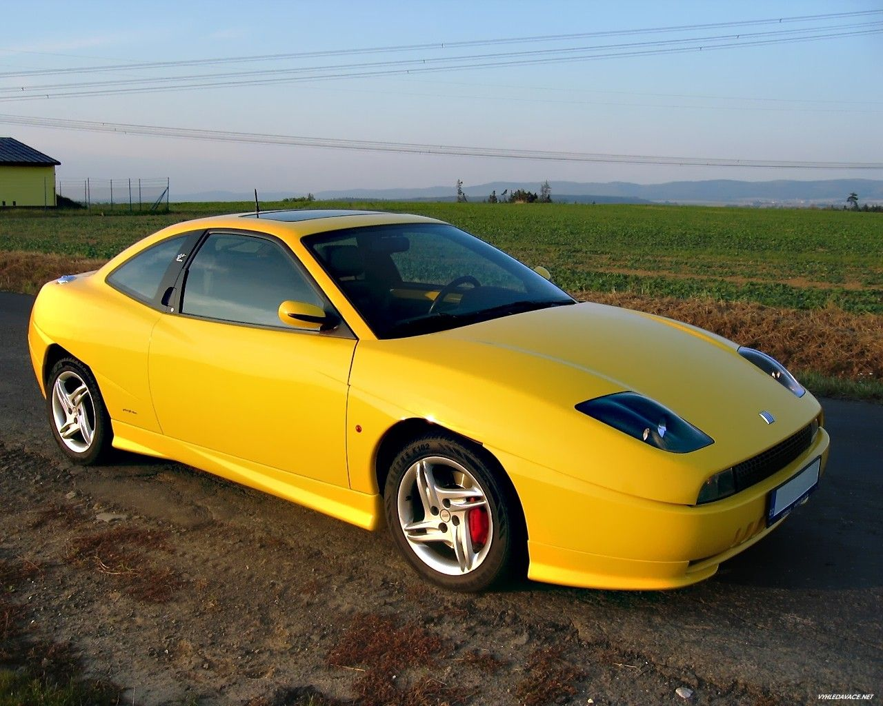 The Only Acceptable Yellow Car Coupe Fiat Voiture Les Coupes