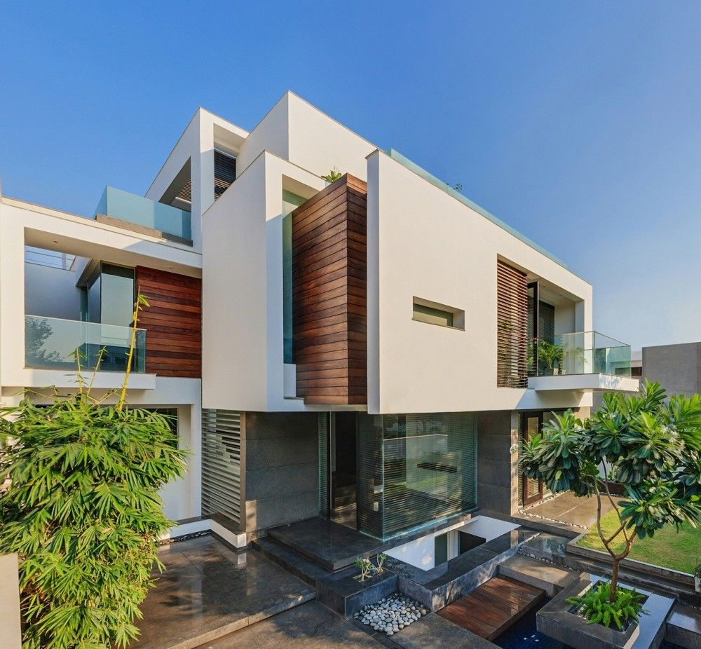 The Overhang House / DADA & Partners | More Delhi india ideas
