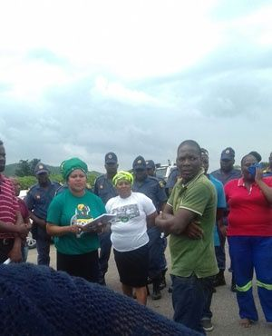 Mineral Resources Minister Mosebenzi Zwane and Mpumalanga Premier David Mabuza on Monday met families of the three trapped Lily Mine workers...