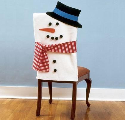 Cómo decorar las sillas en Navidad 6 pasos (con imágenes