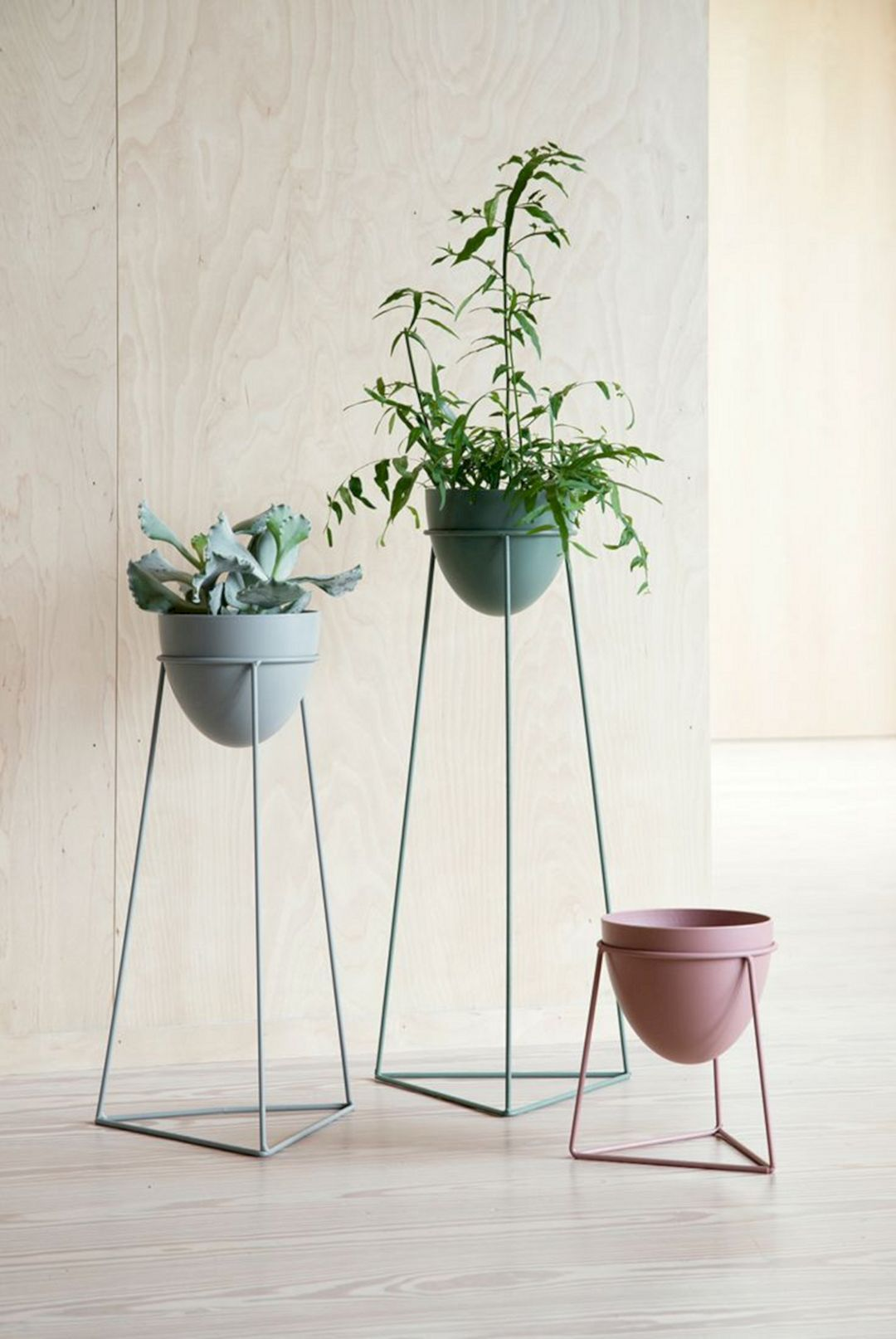12 Best DIY Indoor Plant Stands Ideas For Fresh Home ... on House Plant Stand Ideas  id=66345