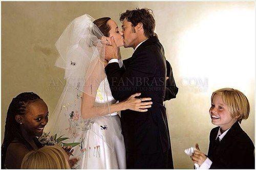 Angelina Jolie & Brad Pitt wedding
