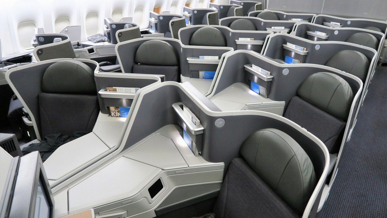 Tpg Contributor Mitch Berman Recently Took His Family From New York Jfk To London Gatwick Lgw On Nor American Airlines Business Class Seats British Airways