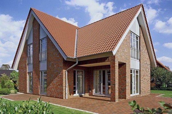 Landhaus mit 165 qm Wohnfläche, drei Giebeln und