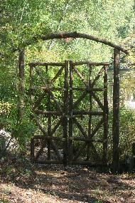 Perfect Rustic Garden Structures Bridges, Gates, U0026 Trellises A Nice Entrance To Any  Garden Space