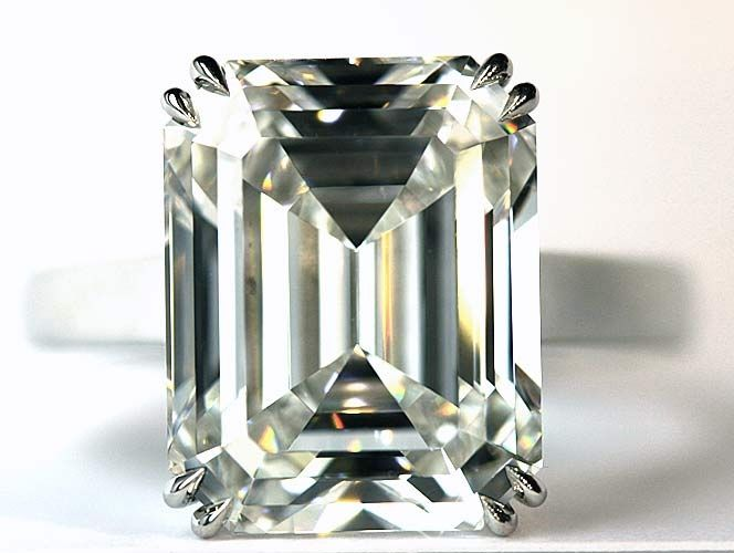 Emerald cut, my fave cut, which is also my engagement ring cut too!