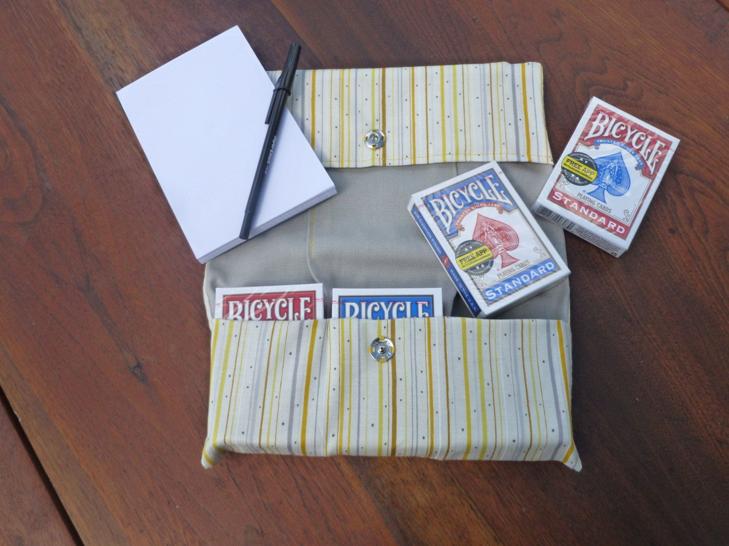 Card games on the go 6 deck playing card holder hand and