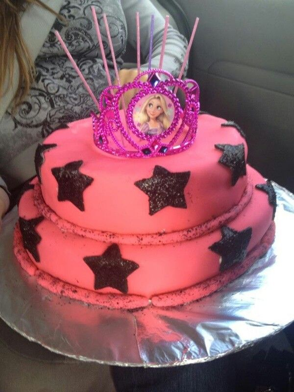 Tangled pink and black cake
