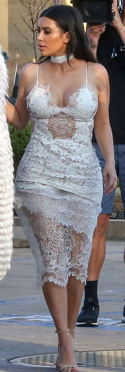 Who made Kim Kardashian's white lace dress and nude sandals ...