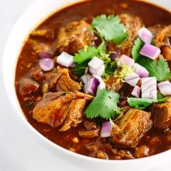 Slow Cooker New Mexican Red Pork Chili {recipe}