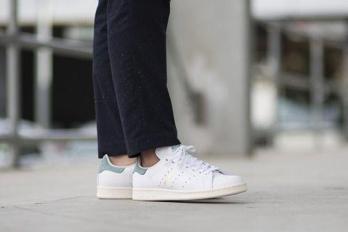 Adidas originali stan smith le scarpe da ginnastica di scarpe da jordan lebron