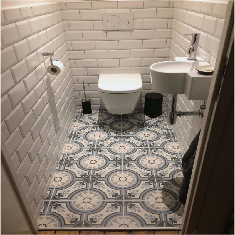 50 Idee De Salle De Bain Carrelage 2019 In 2020 Small Toilet