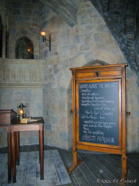 Defence Against The Dark Arts Classroom Inside Hogwarts Castle Hogwarts Castle Hogwarts Christmas Hogwarts Room Decor