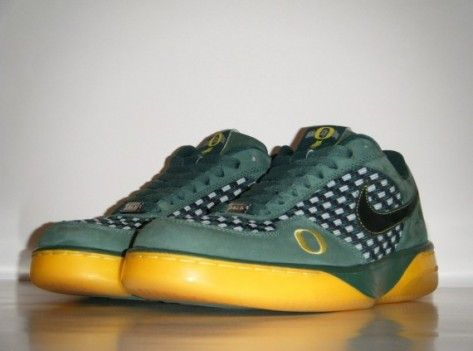 27af6d519ef4 Nike Air Force 25 Low Sample - Oregon Ducks