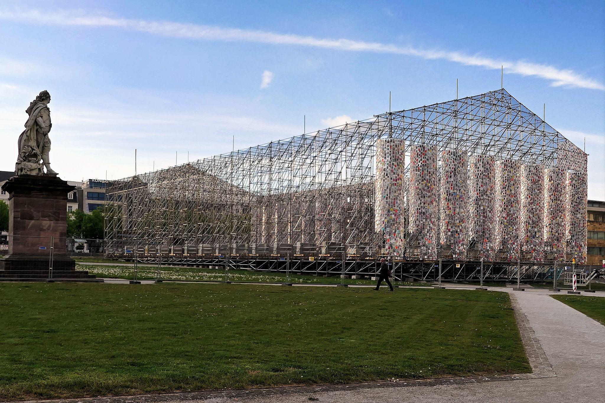Parthenon der verbotenen b cher documenta 14 photos for Documenta kassel 2017