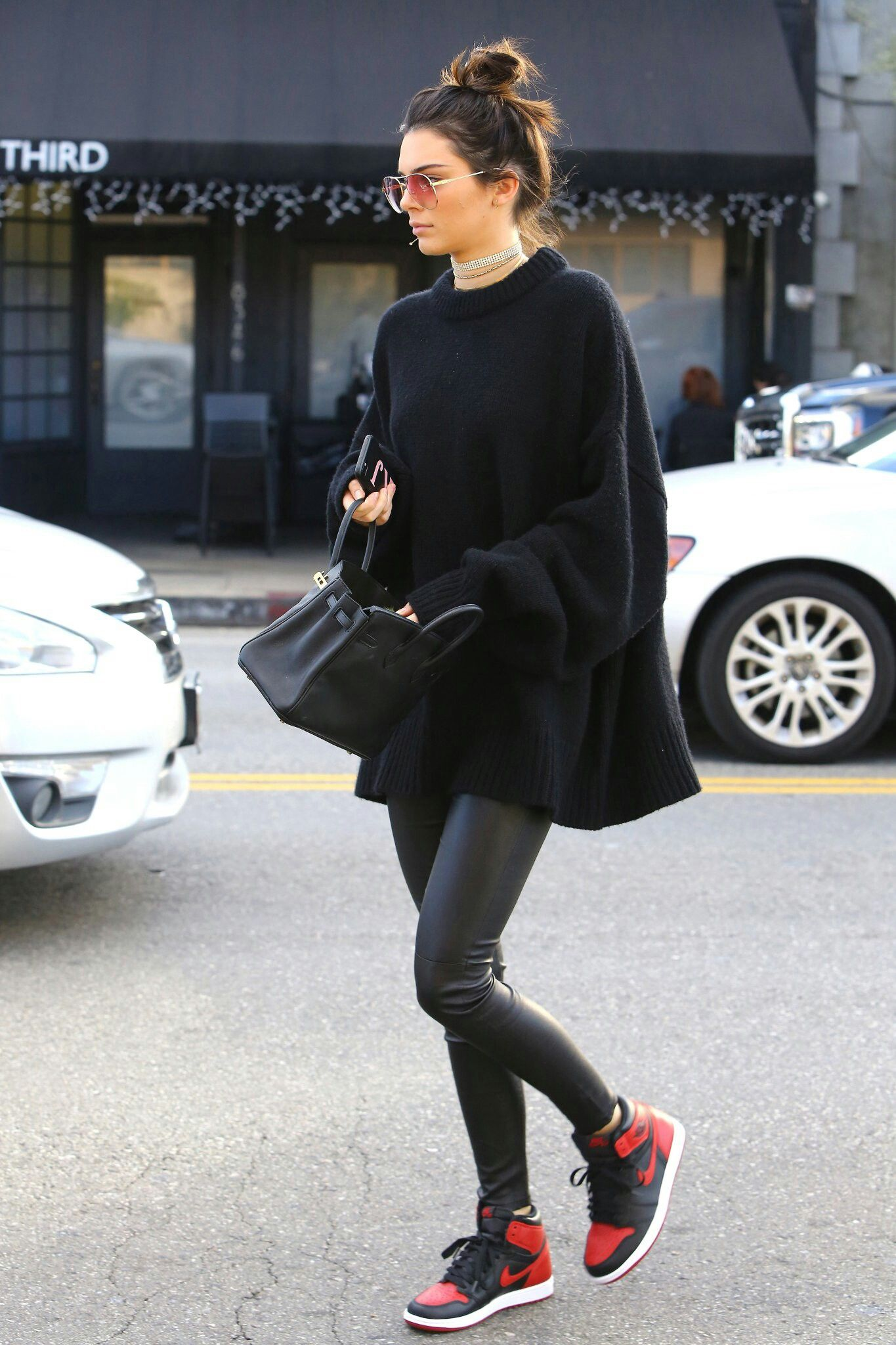 f280f4e6b819 30 cool winter outfits with sneakers you can copy 21 - 30 cool winter  outfits with sneakers you can copy. Kendal Jenner ...
