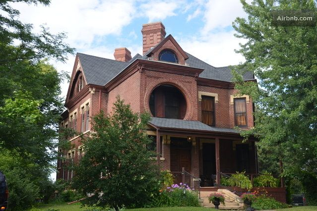 Lovely Place To Stay In St Paul Dearing Mansion Mansions Vacation Home Vacation Rental