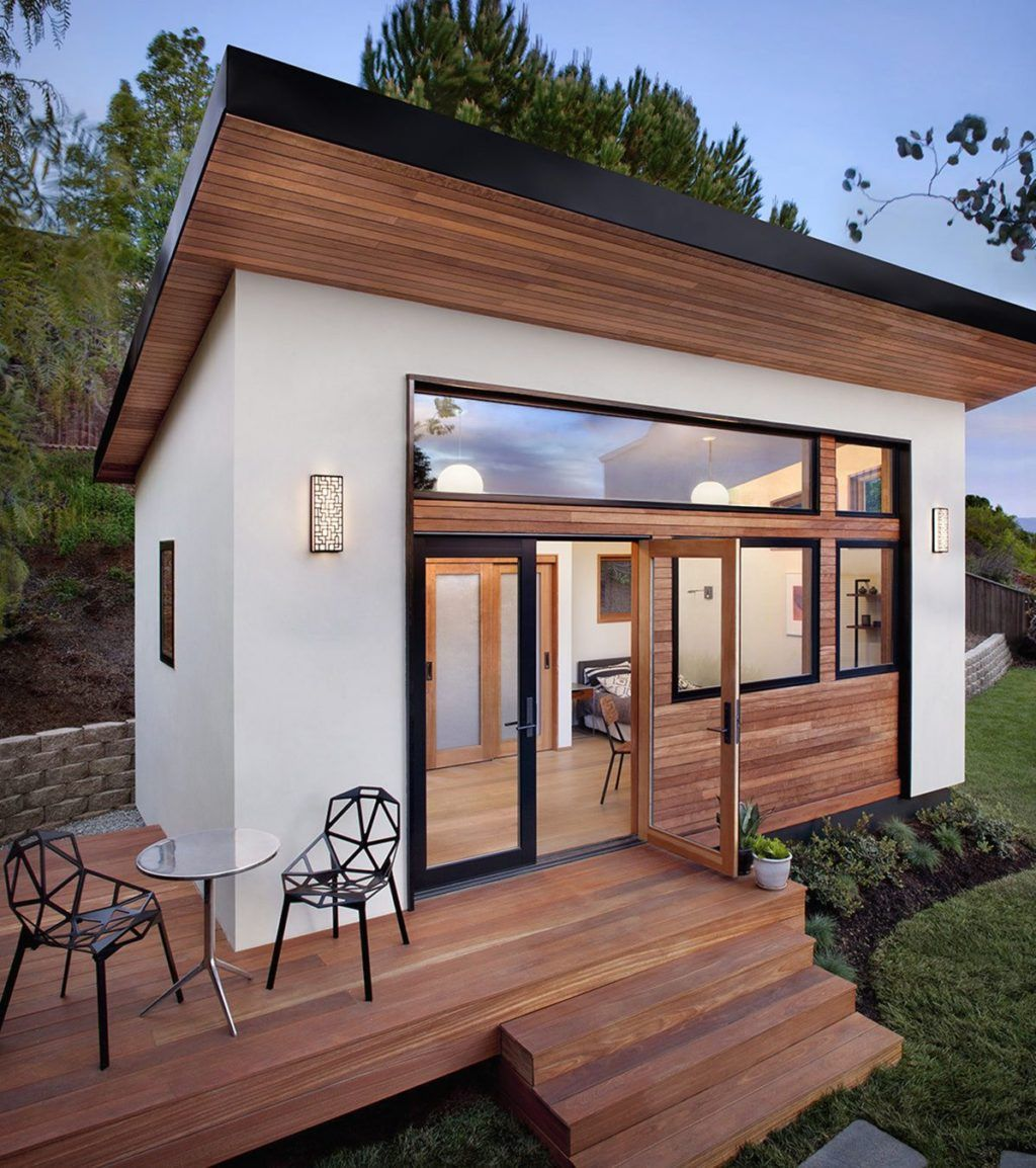 35 Modern And Amazing Tiny House Designs For Beautiful Small Houses Backyard Guest Houses Guest House Small Small Luxury Homes