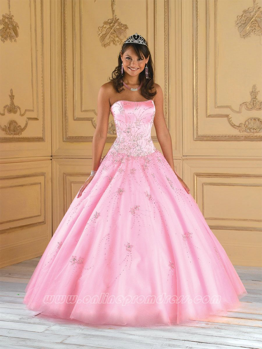 http://www.quinceisla.com/quince-buzz/quinceaneras-fun-facts El ...