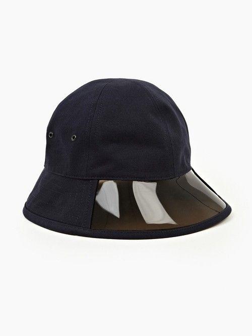 1bfaf1a040f A.P.C.- MEN S NAVY SUN VISOR BUCKET HAT. Peaked Cap