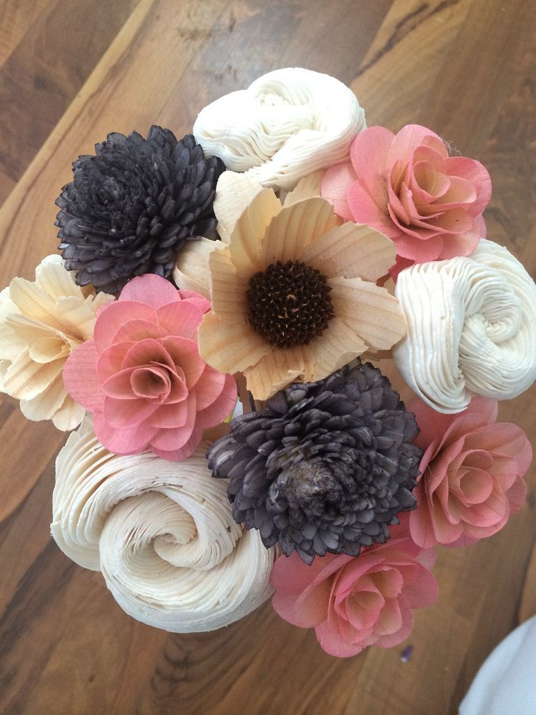 flower bouquets made from recycled materials that