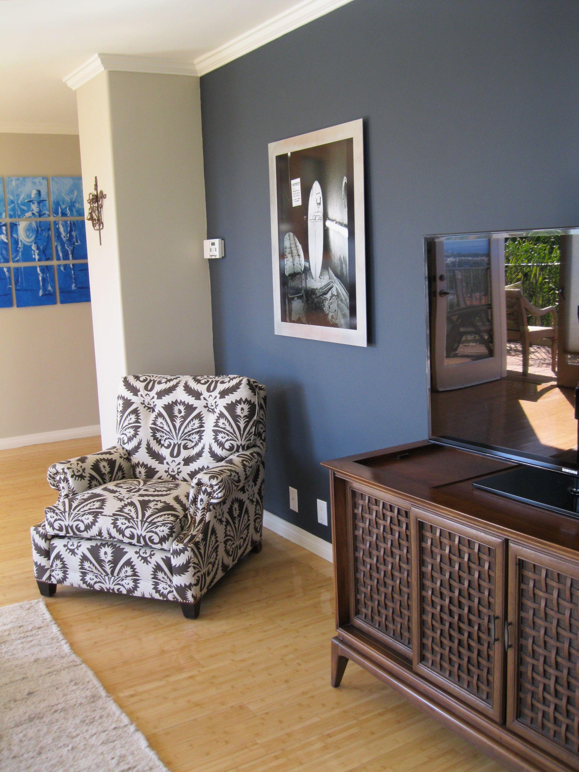 Welche Farbe Geht Mit Beige Kleid Marine Blau Und Braun Wohnzimmer Blau Deckbett Satze Walmart Navy B Braunes Wohnzimmer Blaues Wohnzimmer Wandfarbe Wohnzimmer
