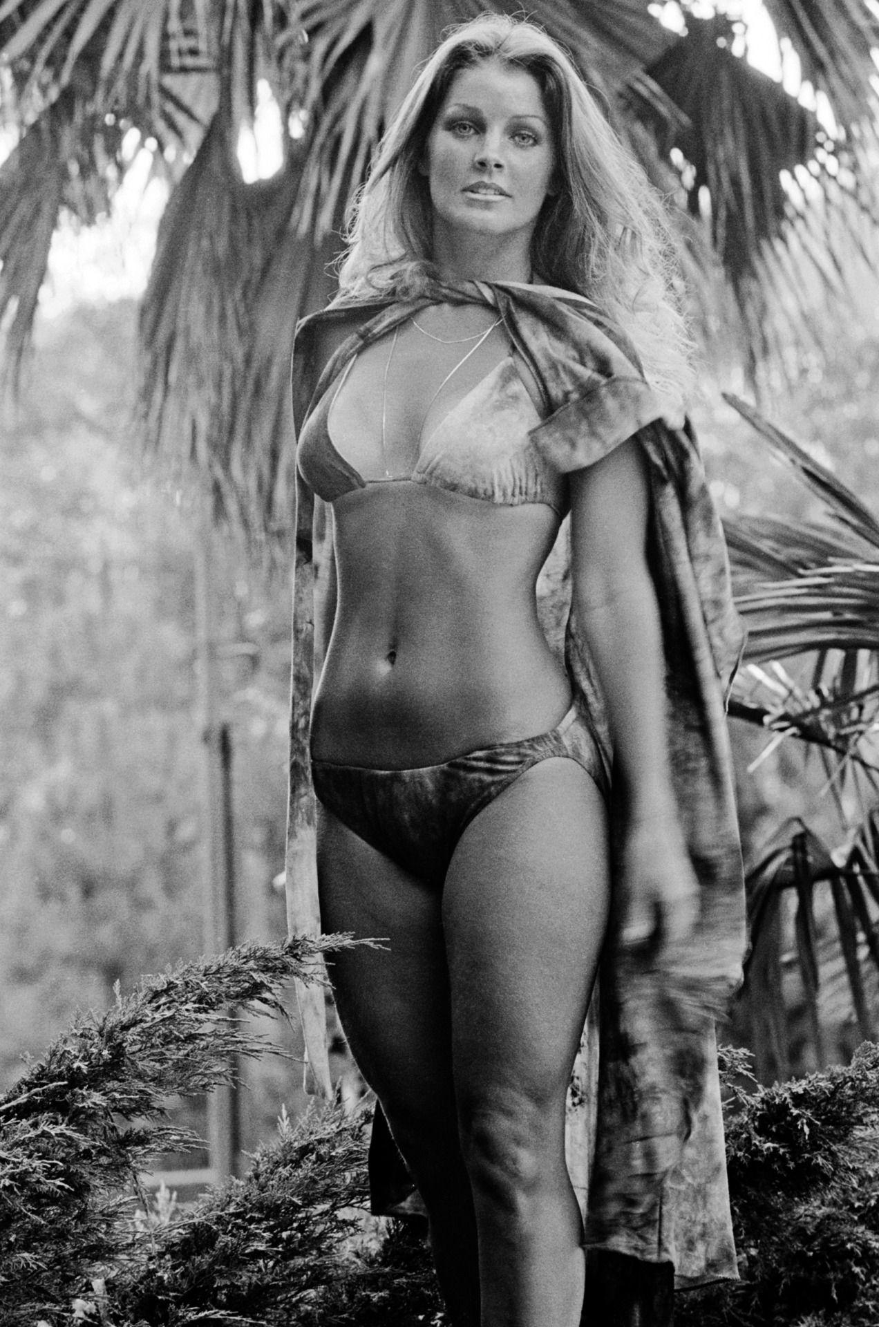 Lisa marie presley bikini